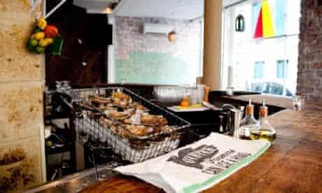 Le Mary Celeste bar, Paris