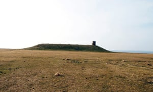 The burial cairn at Holm of Papay