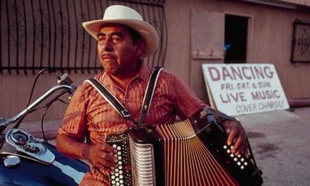 Conjunto musician Valerio Longoria Sr