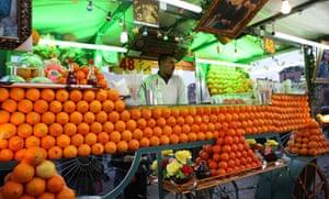 Orange juice seller, Djemaa el Fna, Marrakech