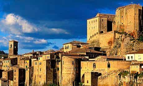 Italy, Tuscany, La Maremma, Sorano village