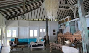 pirate beach house bali