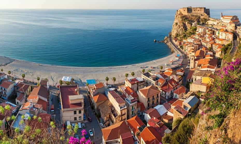 The village of Scilla, with Castello Ruffo, Calabria