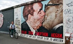"""Kiss mural berlin germany"""