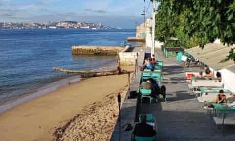 Atira-Te Ao Rio, Lisbon