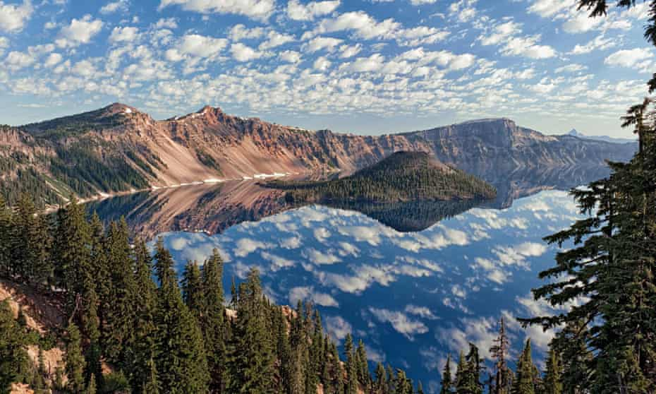 Wizard Island in Crater Lake National Park