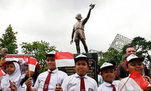 Unveil ceremony of the bronze statue of young US President Barack Obama at Menteng park