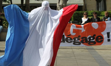 FRANCE-G8-SOCIAL-DEMONSTRATION