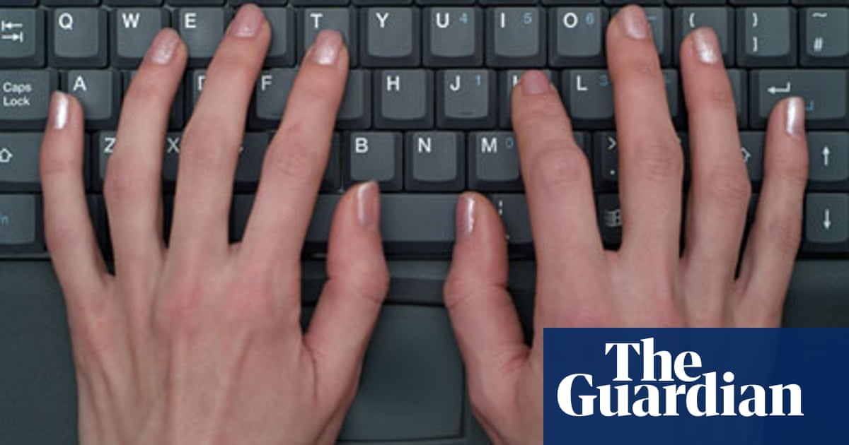 Wanted: a basic Windows laptop with a 17in screen | Technology | The