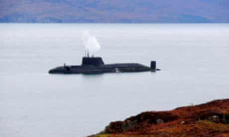 HMS Astute runs aground