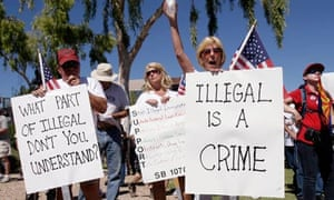 anti immigrant protesters arizona