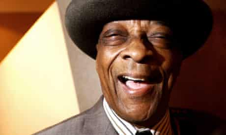 Hubert Sumlin photographed at the Union Chapel, London in 2003