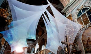 An installation by artist Helma Rud called wAter+wΩrd in Klagenfurt cathedral