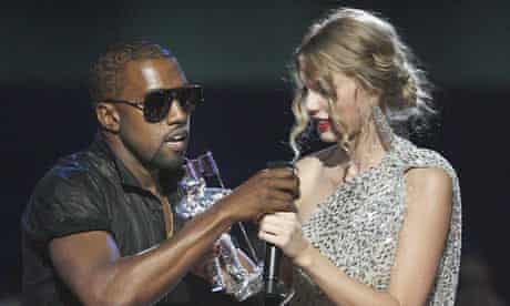 Kanye West grabs the mic from Taylor Swift