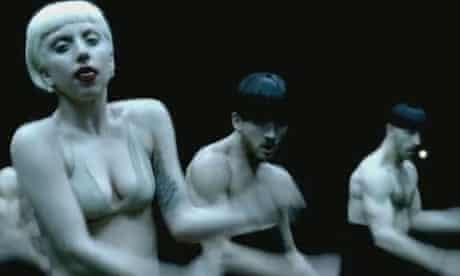 11 Lady Gaga Alejandro