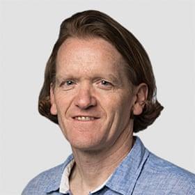 Martin Farrer